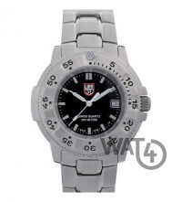 Часы LUMINOX US NAVY SEAL Steel and Titanium DIVE LMX 3202